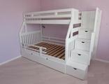 Деревянная кровать для детей от 2 лет