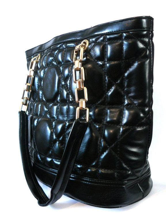 Купить Сумку женскую Шанель дешево, копию Chanel, с фото онлайн интернет  магазин a4c9199d4ee