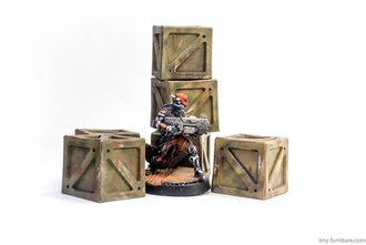 Metal containers (painted)