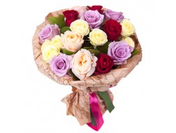 15 роз Радуга Мечты