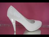 Свадебные туфли средний каблук на платформе беж айвори крем айвори выбитая кожа где купить в Москве