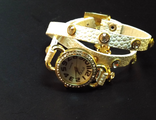 Винтажные часы на длинном белом ремешке со стразами(№ 405)