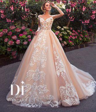8315294f3ee Свадебное платье цвета кофе с рукавами и крупной вышивкой