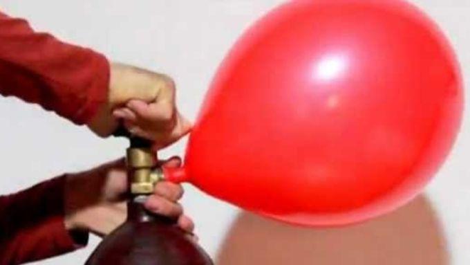 Как надуть шарики с гелием в домашних условиях