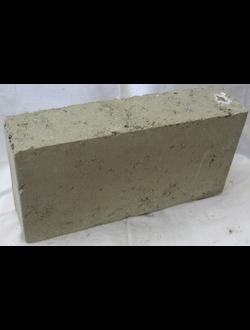 Блок керамзитобетонный перегородочный полнотелый размером 390х80х190 М50