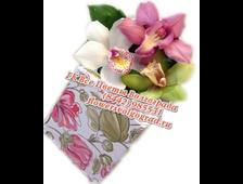 Коробка с цветами 3 Орхидеи