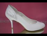 Свадебные туфли цвет белый круглый мыс маленький каблук шпилька украшены сверкающими стразами купить