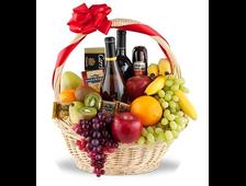 Корзина Вино+фрукты+шоколад+сервелат
