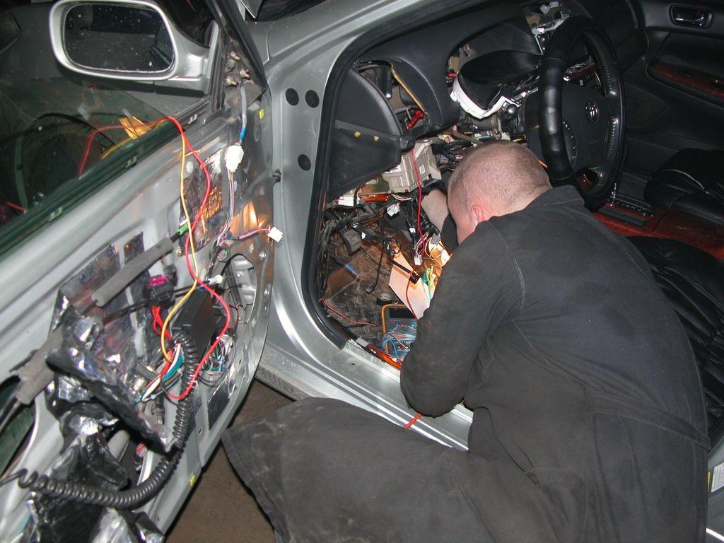 Диагностика электрики своими руками - Перепрошивка Январь 7.2 своими руками