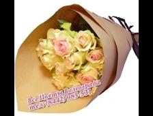 Букет Богиня (11 роз в крафт-бумаге)