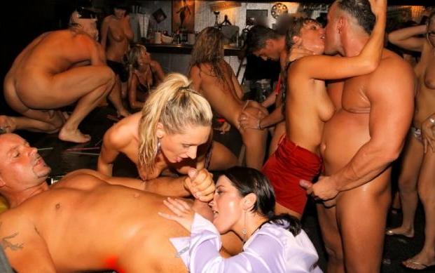 porno-onlayn-so-spyashimi-podglyadivanie