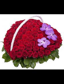 Корзина 101 роза сердце