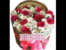 Смешанные цветы в шляпных коробках
