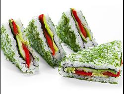 Сендвич ролл с овощами