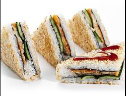 Сендвич ролл с угрем