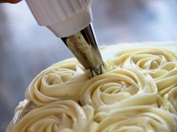 Как сделать крем для украшения торта с фото