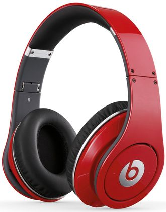 Beats Studio Red