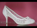 Свадебные туфли белые текстиль кружева летние средний каблук круглый мыс  № 282-А-3932=282