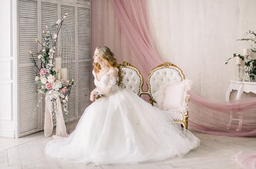 Свадебное платье Dalia http://boudoir-wedding.ru/products/dalia и 4х-метровая фата Фото Ксения Антонова
