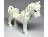 Horse with 2 x 2 Cutout, Blue Eyes with Black Eyelashes Pattern, White (93083c01pb18 / 6252424)