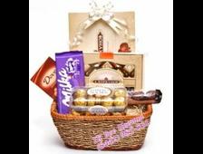 Подарочная корзина 5 видов шоколада