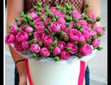 """19 кустовых роз в """"шляпной"""" коробке"""