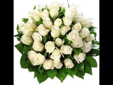 Круглый букет из 45 белой розы