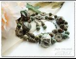 Украшения из натуральных камней. Комплект украшений из яшмы. Купить колье и серьги ручной работы.
