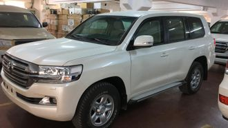 New armored Toyota Land Cruiser 200 GXR 4.5l diesel DSL, A/T in B6 according to CEN1999, 2018 YP