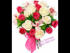23 розы и 4 орхидеи