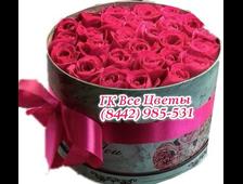 35 роз цветов в шляпной коробке