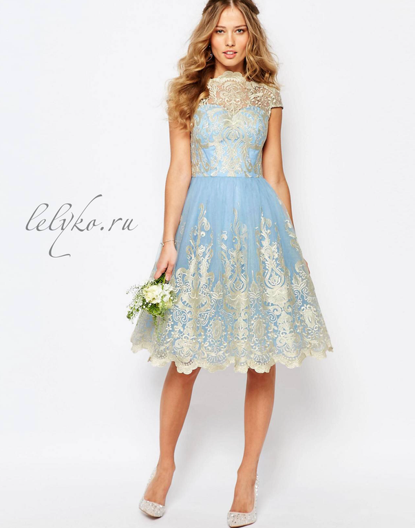 e25d67d62ad Вечернее выпускное нежно-голубое платье с золотистым кружевом с пышной юбкой