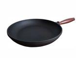 Чугунная сковородка 180х35 с деревянной ручкой Берлика