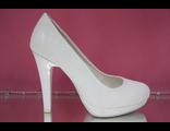 Свадебные туфли цвет белый круглый мыс на платформе высокий широкий каблук выбитая кожа купить салон