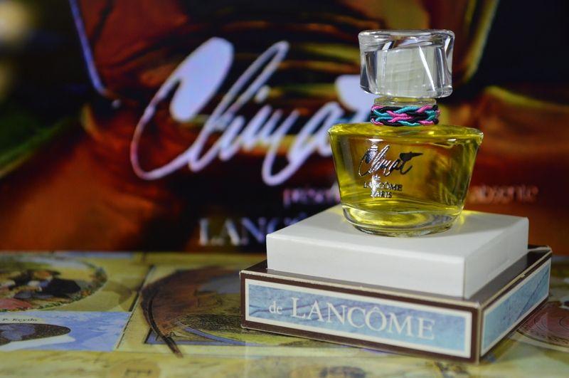 Магазин винтажных французских духов, распив парфюма