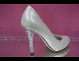 Свадебные туфли айвори каблук стразы серебренные кожаные средний каблук купить в Москве магазин фото