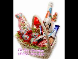 Подарочная корзина детская Новогодняя с шоколадом Сладкое Лукошко