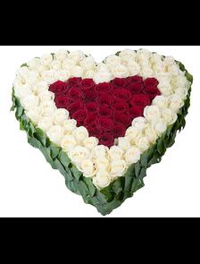 Ты одна в моем сердце (83 розы)