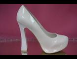 Туфли свадебные белые лакированные на платформе высокий широкий каблук  № 117-05=5