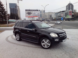 Автомобиль Mercedes-Benz GL500