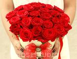 Букет из 25 роз в дизайнерском конусе