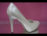 Свадебные туфли купить салон магазин айвори беж кожаные на платформе высокий каблук украшен стразами
