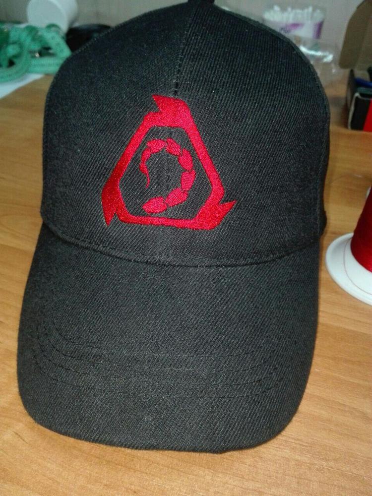 Вышивка на кепках на заказ 25