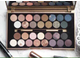 Палетка теней MAKEUP REVOLUTION Fortune Favours The Brave Eyeshadow Palette