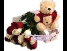 Розы (11шт) плюшевый мишка и Рафаэлло