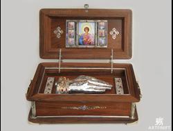 Ковчег для мощей святого Пантелеимона Целителя. Купить мощевик.