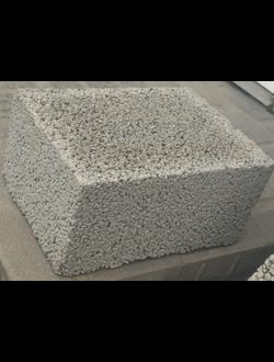 Блок керамзитобетонный стеновой полнотелый размером 390х280х190 КСР-ПР-39-50-F50-1100