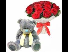 25 красных роз и плюшевый бежевый Мишка
