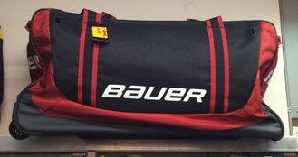 баул на колёсах  S19 BAUER Core Wheeled bag JR