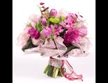 Букет Розовый жемчуг с тюльпанами и эвкалиптом